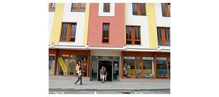 Centrum obchodu a služeb