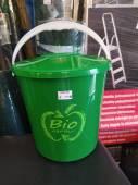 kyblík na bioodpad do domácnosti.jpg